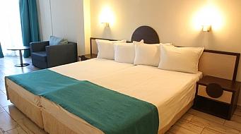 Smartline Meridian Hotel Двойна стая Large