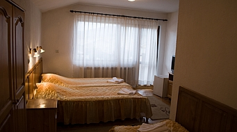 Donchev Тройна стая