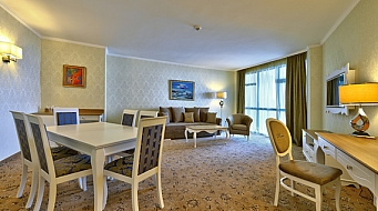 Marina Grand Beach Суит 1 спалня Lux