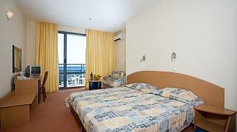 Royal Hotel Двойна стая