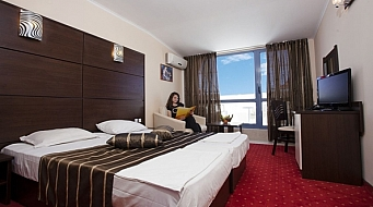 Royal Hotel Двойна стая Superior
